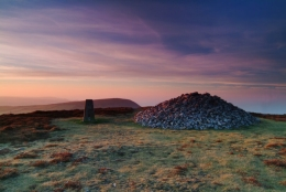 Holdstone-Down-Cairn-Dawn-Heather-Hilltop